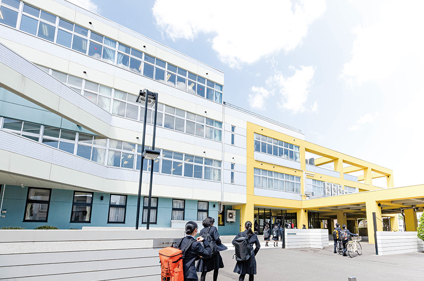 校舎・登校風景